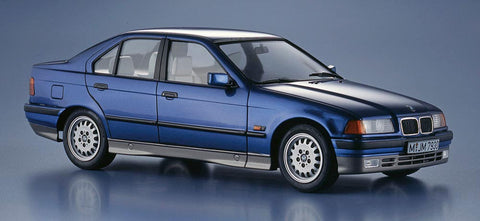 Hasegawa Model Cars 1/24 BMW 318i 4-Dr Car Limited Edition Kit