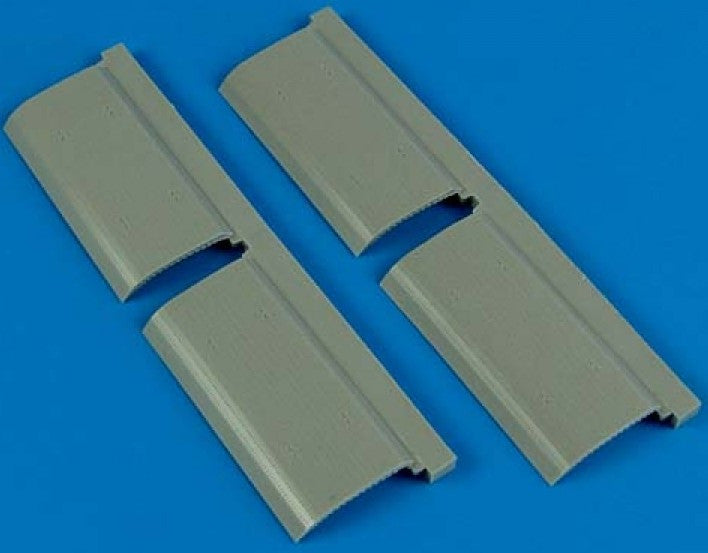 Quickboost Details 1/72 B24 Bomb Bay Doors for HSG