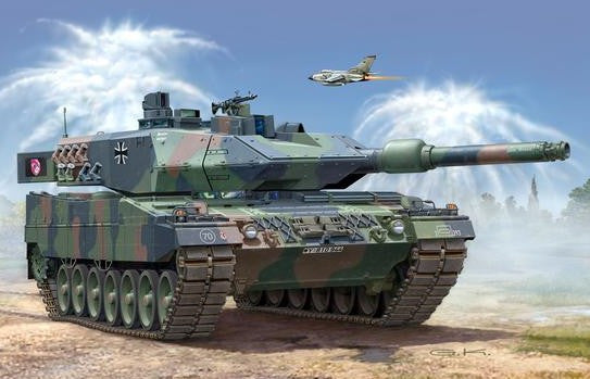 Revell Germany Military 1/35 Leopard 2A5/A5NL Tank Kit