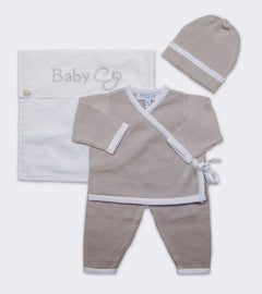 Kimono Wrap Layette Set in Moon/White