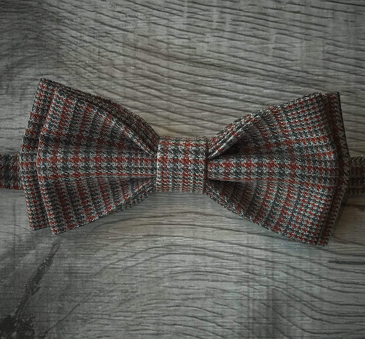 Anatoly's Bowtie Tan Houndstooth Bow Tie