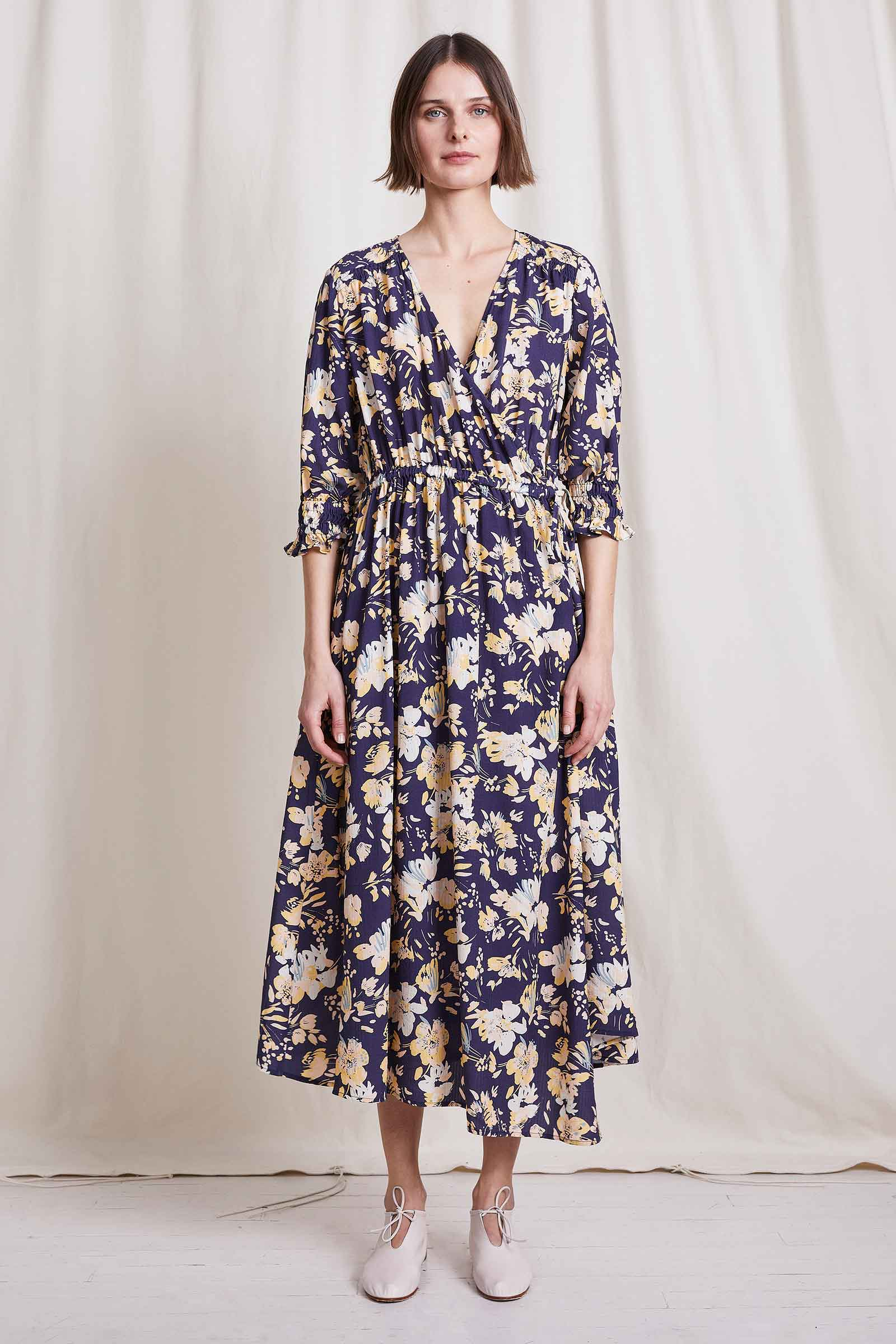 Painterly Floral Navy