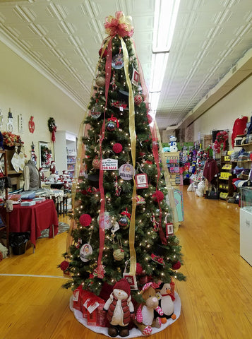 Christmas Shopping at PBJ's Boutique, Madison, NC
