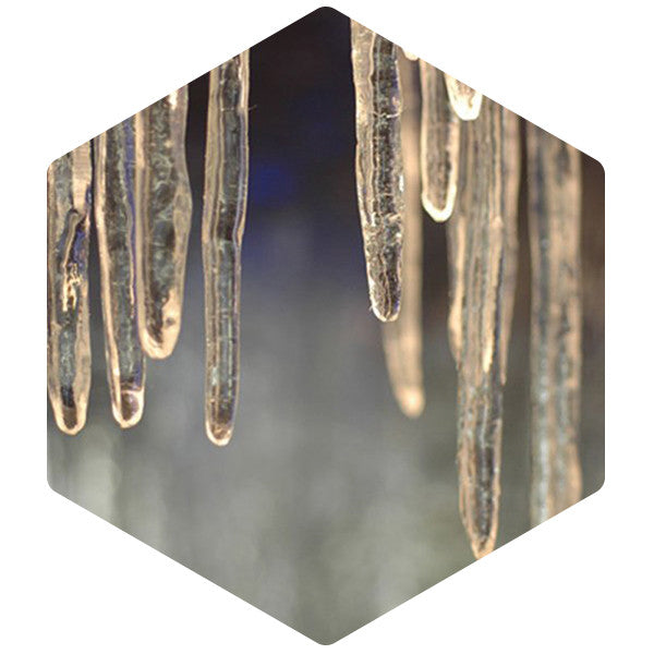 Acrylic Icicles Medium - SnowSouq.com by Desert Snow
