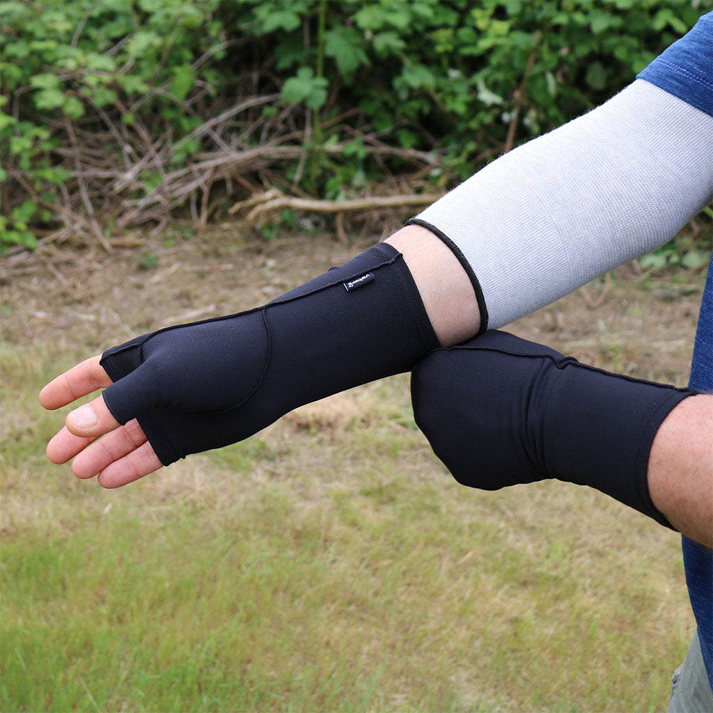 Infrared Therapy Gloves and Sleeves for Hand Problems
