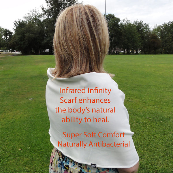 Infinity scarf features highlights infrared therapy
