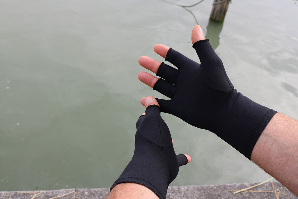 Compression Gloves For Arthritis Amp Raynaud S Sufferers