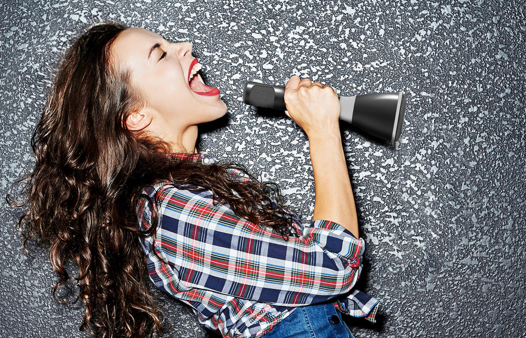 U-Sing: Wireless Karaoke Microphone & Speaker