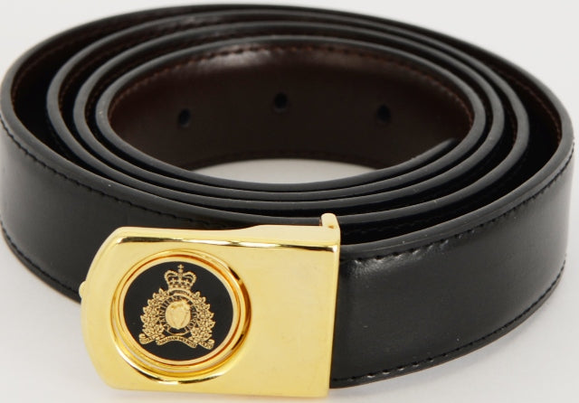 Belt Leather Reversible with Gold Crest  / Ceinture en cuir réversible avec l'écusson en or