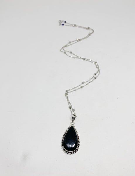 Witching Hour Necklace in Teardrop and Black Agate