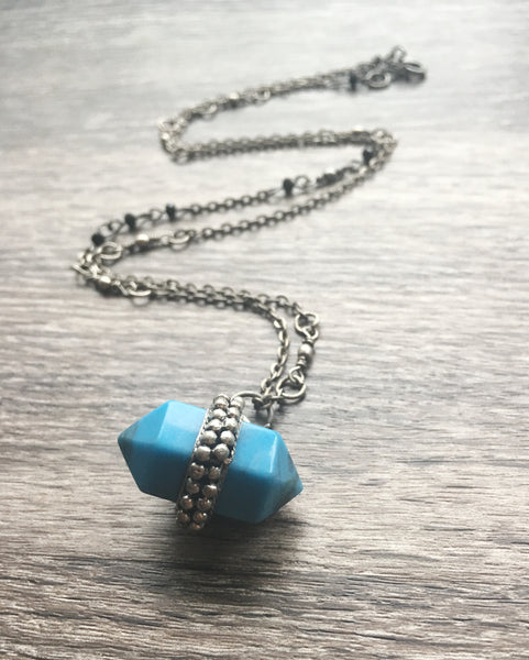 Double Terminated Necklace in Howlite