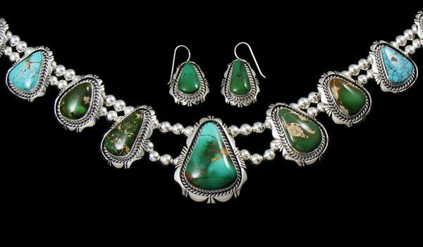 Native american jewelry necklaces and pendants pueblodirect we offer only authentic native american indian hand crafted jewelry which should not be confused with jewelry imitations mozeypictures Image collections