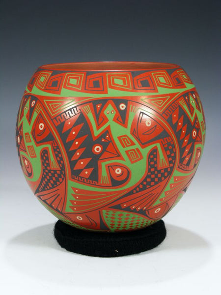 Mata Ortiz Hand Coiled Pottery by Virginia Maria Hernandez Chavez - PuebloDirect.com - 1