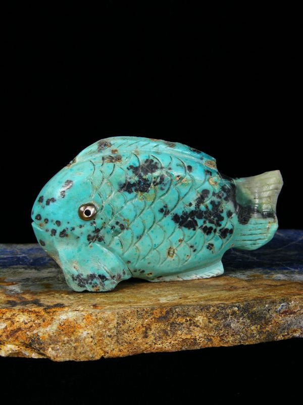 Chrysocolla Fish Zuni Fetish by Ron Laahty - PuebloDirect.com - 1