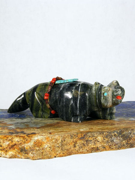 Serpentine Bear Zuni Fetish by Rodney Peyketewa - PuebloDirect.com - 1