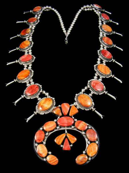 Native American Spiny Oyster Squash Blossom Necklace
