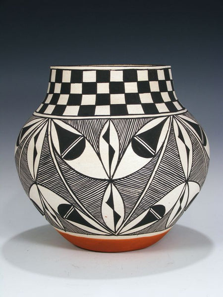 Acoma Pueblo Hand Coiled Pottery by Leanne Cheromiah - PuebloDirect.com - 1