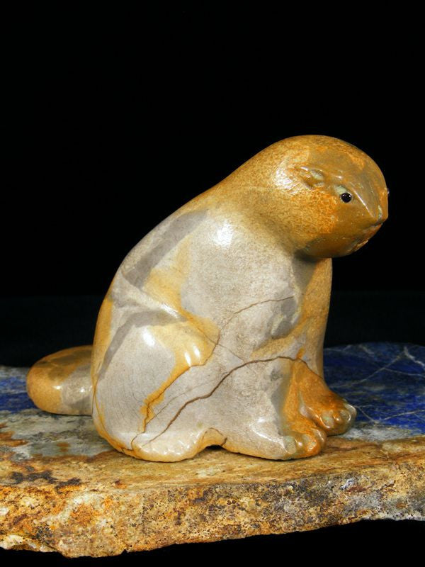 Travertine Beaver Zuni Fetish by Orin Eriacho - PuebloDirect.com - 1
