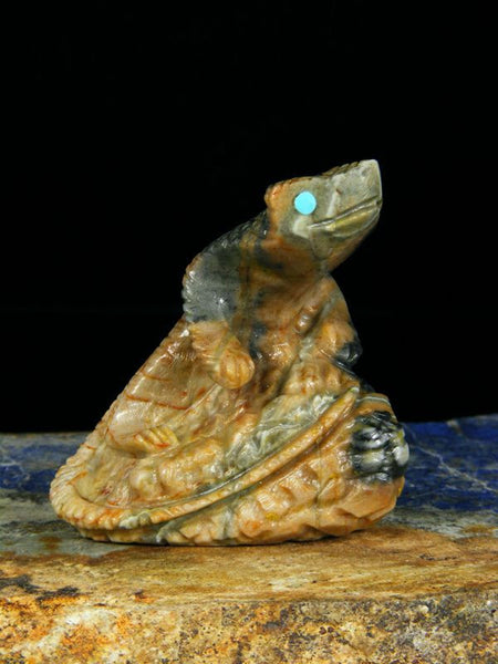 Picasso Marble Lizard Zuni Fetish by Alvin Haloo - PuebloDirect.com - 1