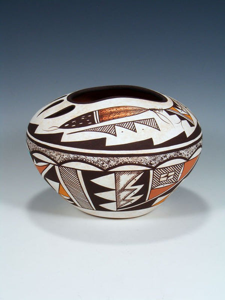 Acoma Pueblo Carved Bear Claw Hand Coiled Pottery