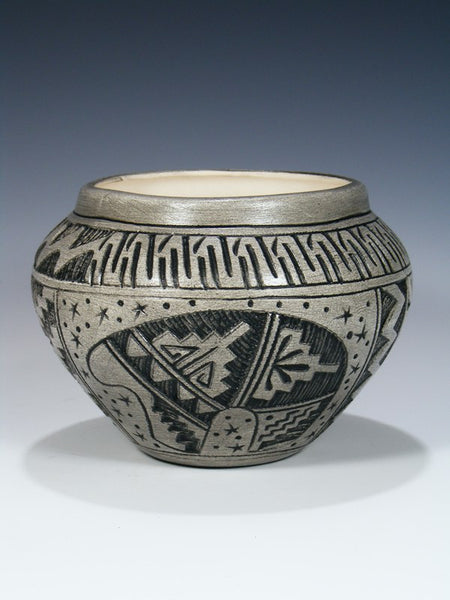 Navajo Etched Pottery Medicine Bear Bowl