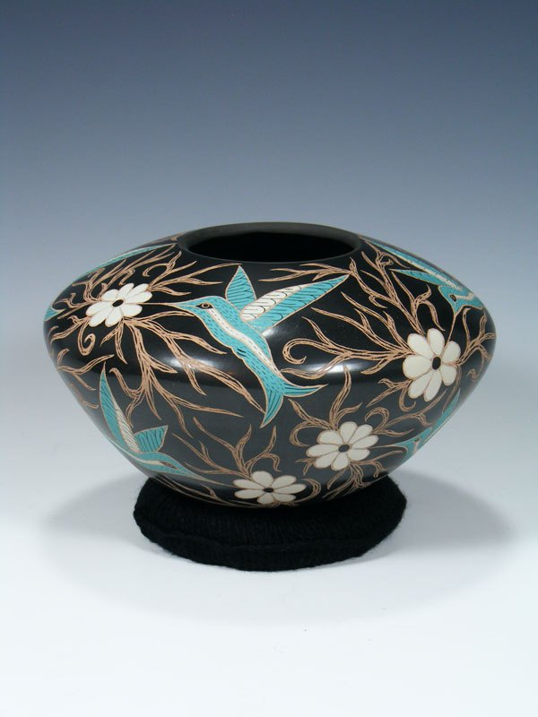 Mata Ortiz Painted and Etched Hummingbird Pottery