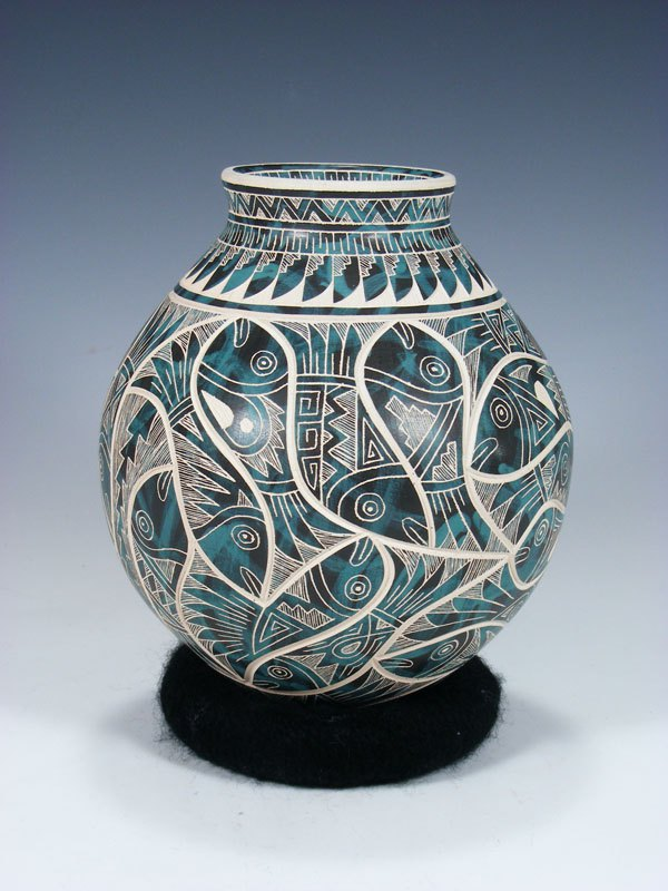 Mata Ortiz Hand Coiled Carved Fish Pottery