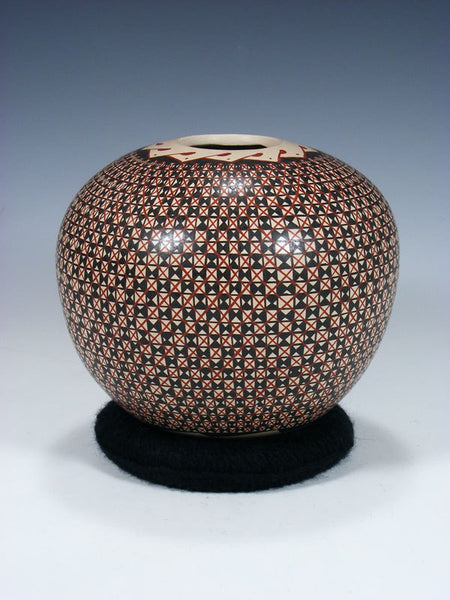 Mata Ortiz Paquime Pottery Seed Pot