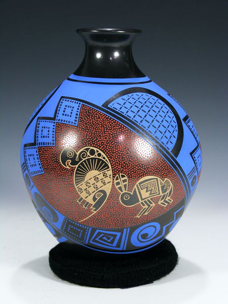 Mata Ortiz Hand Coiled Pottery by Macaria Ortiz and Gerardo Pedragon Ortiz - PuebloDirect.com - 1