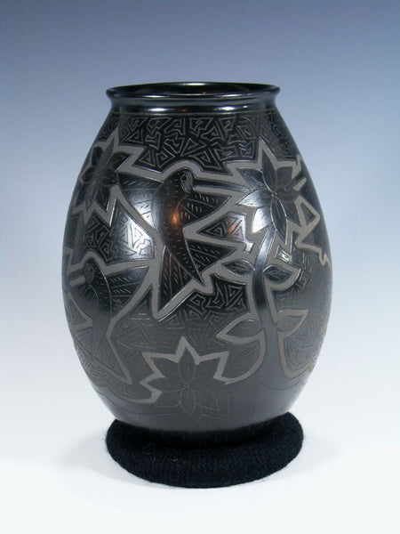 Mata Ortiz Hand Coiled Etched Hummingbird Pottery