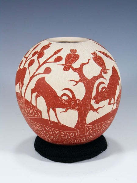 Mata Ortiz Hand Coiled Night and Day Wild Life Pottery