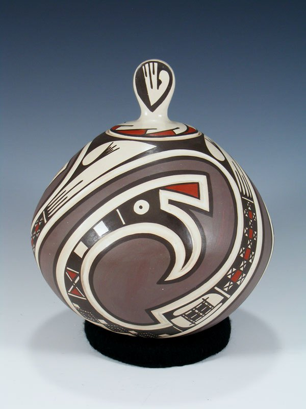 Mata Ortiz Hand Coiled Lidded Pottery