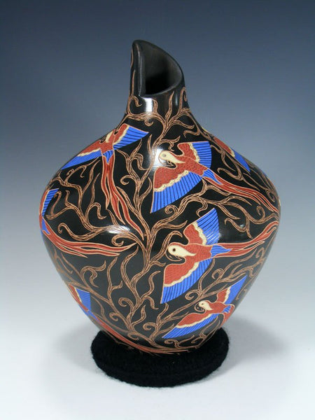 Mata Ortiz Painted and Etched Painted Macaw Pottery