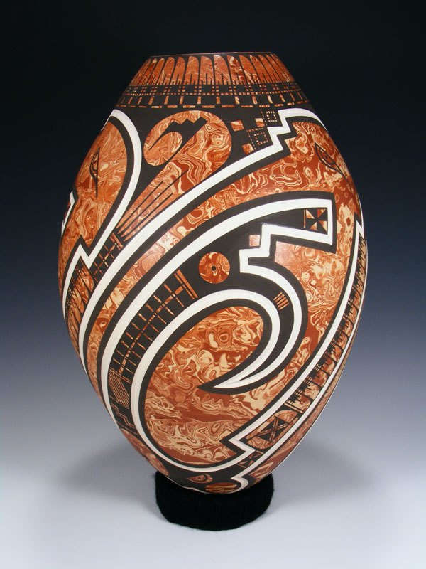 Mata Ortiz Hand Coiled Marbled Pottery