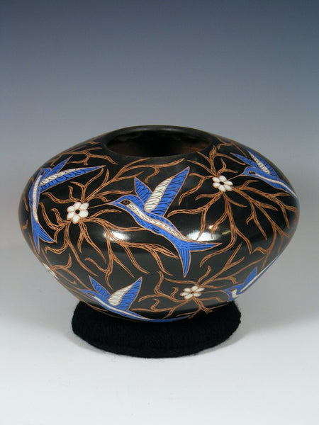 Mata Ortiz Painted and Etched Painted Blue Bird Pottery
