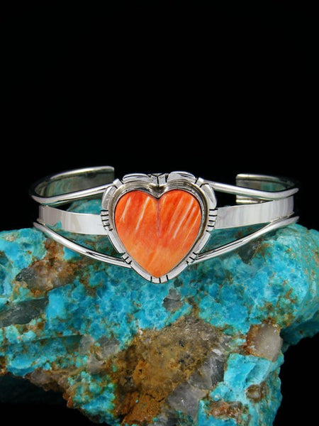 Native American Sterling Silver Spiny Oyster Heart Bracelet