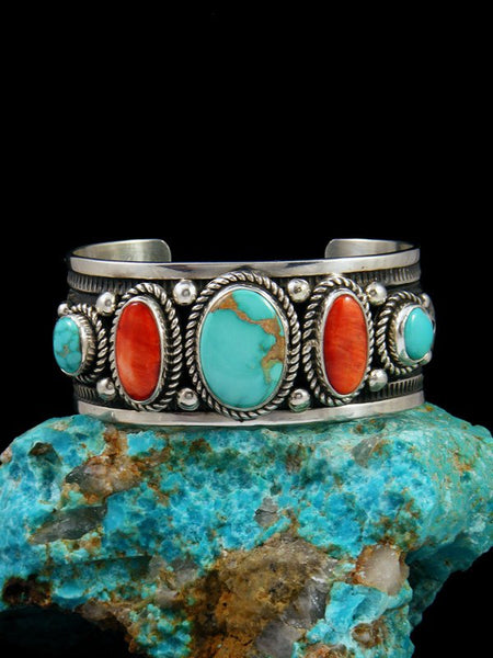 Native American Spiny Oyster and Turquoise Bracelet