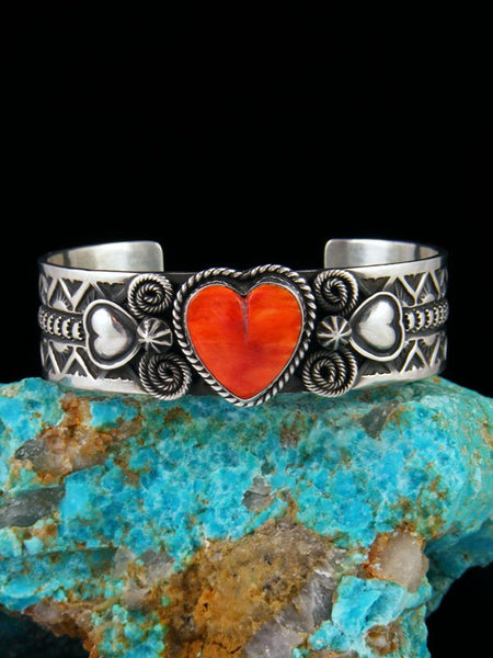 Native American Jewelry Sterling Silver Spiny Oyster Heart Cuff Bracelet