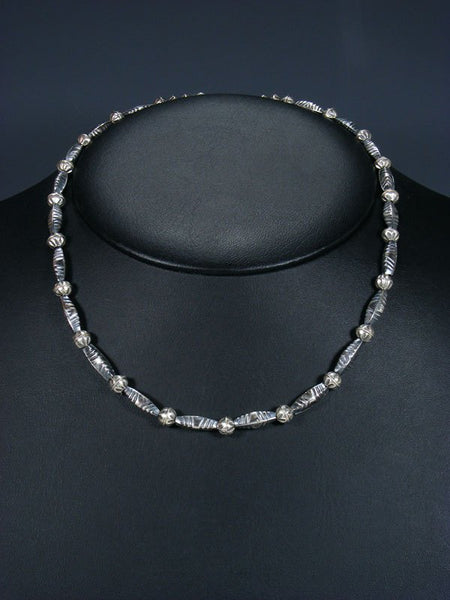 "18"" Native American Sterling Silver Navajo Handmade Bead Necklace"