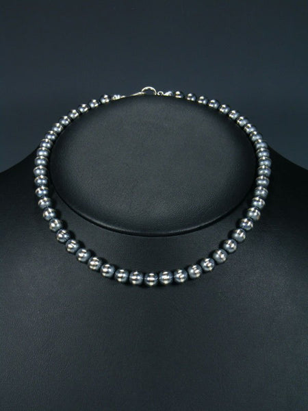 "16"" Native American Sterling Silver Bead Necklace"
