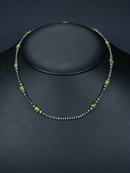 Native American Gaspeite Beaded Choker Necklace