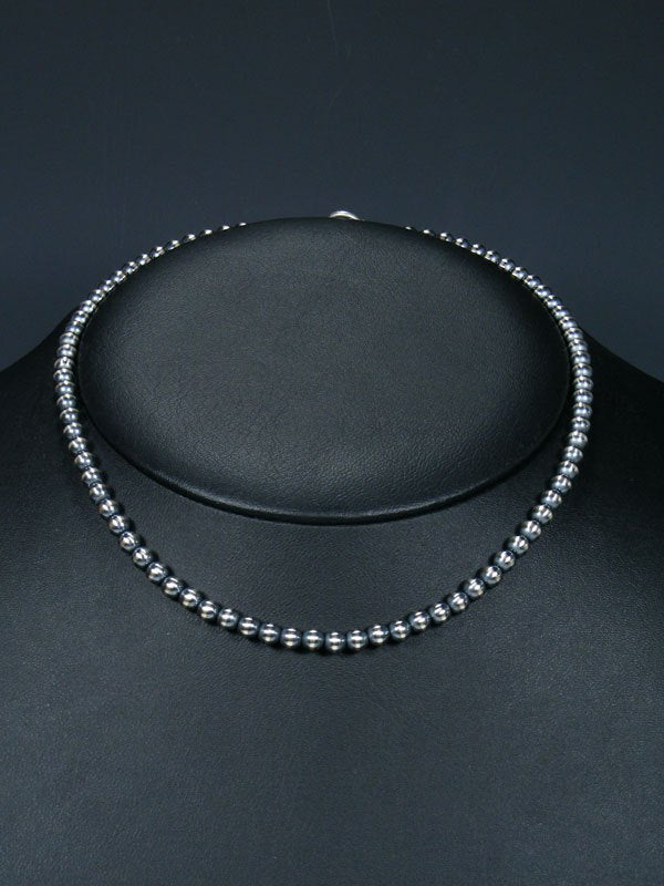 "16"" Native American Silver Bead Choker Necklace"