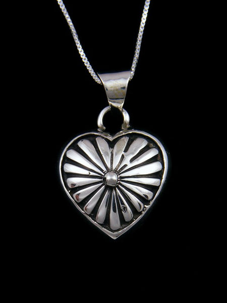 Navajo Sterling Silver Sculpted Heart Pendant Necklace