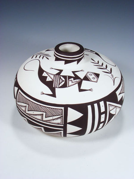 Acoma Style Hand Painted Lizard Pottery