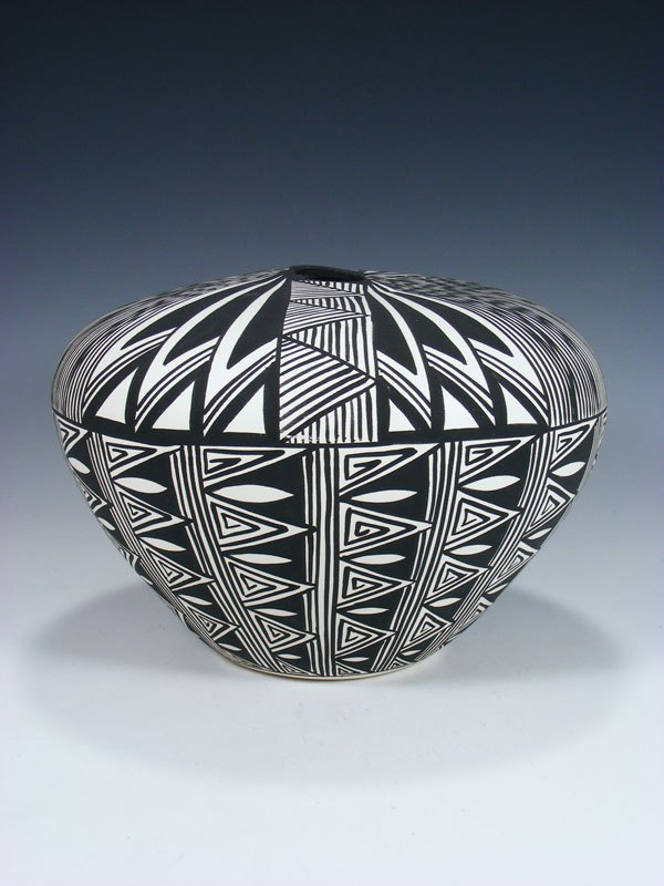 Hand Painted Acoma Pueblo Pottery Seed Pot