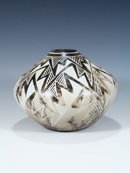 Etched Pottery Horsehair Seed Pot