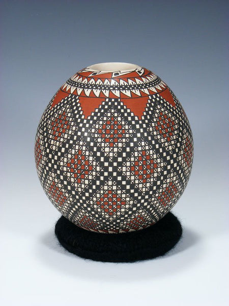 Mata Ortiz Hand Coiled Paquime Pottery Seed Pot