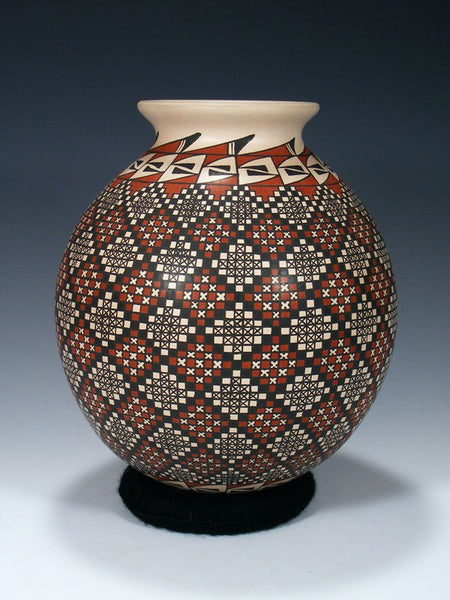 Mata Ortiz Hand Coiled Paquime Pottery Vase