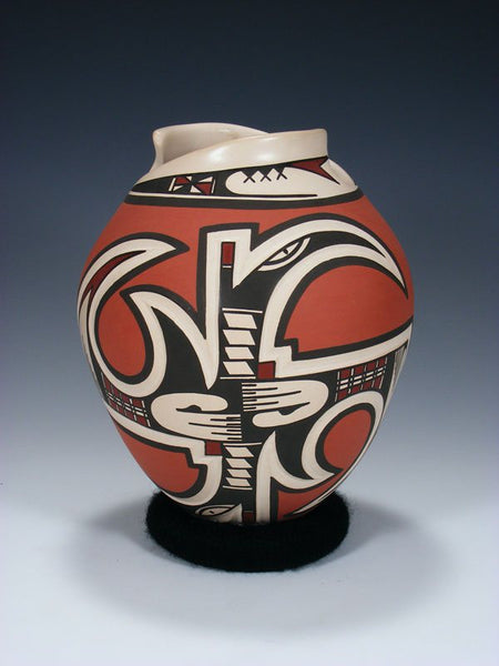 Mata Ortiz Hand Coiled Pottery Vase