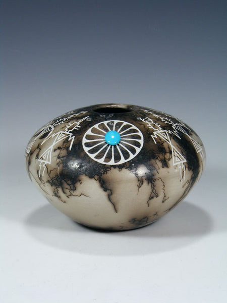 Acoma Etched Horsehair Pottery Seed Pot